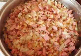 Блины с картофелем и сардельками
