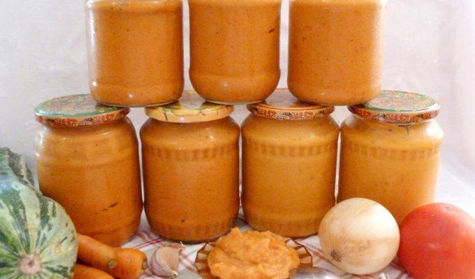 Кабачковая икра с морковью и луком
