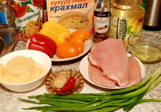 Курица по - тайски, с ананасами и перцем