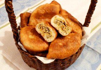 Пирожки жареные с куриным фаршем